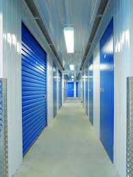 self storage facilities bokarina